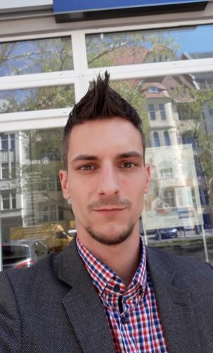 Julian Toczkowski